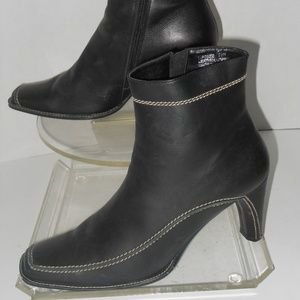 FRANCO SARTO BLACK LEATHER ANKLE BOOTS SIZE 9.5